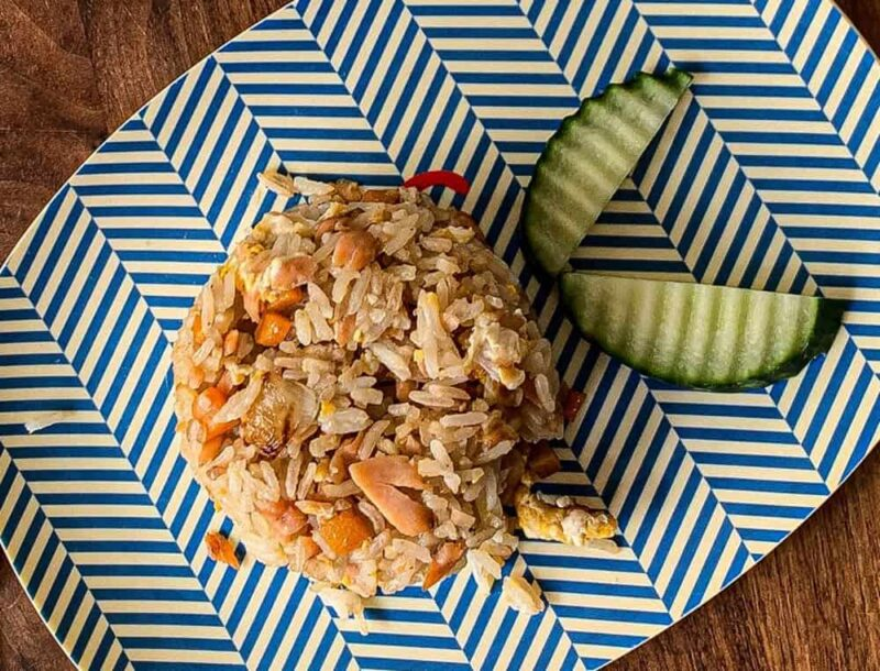 Fried rice with garlic and Salmon